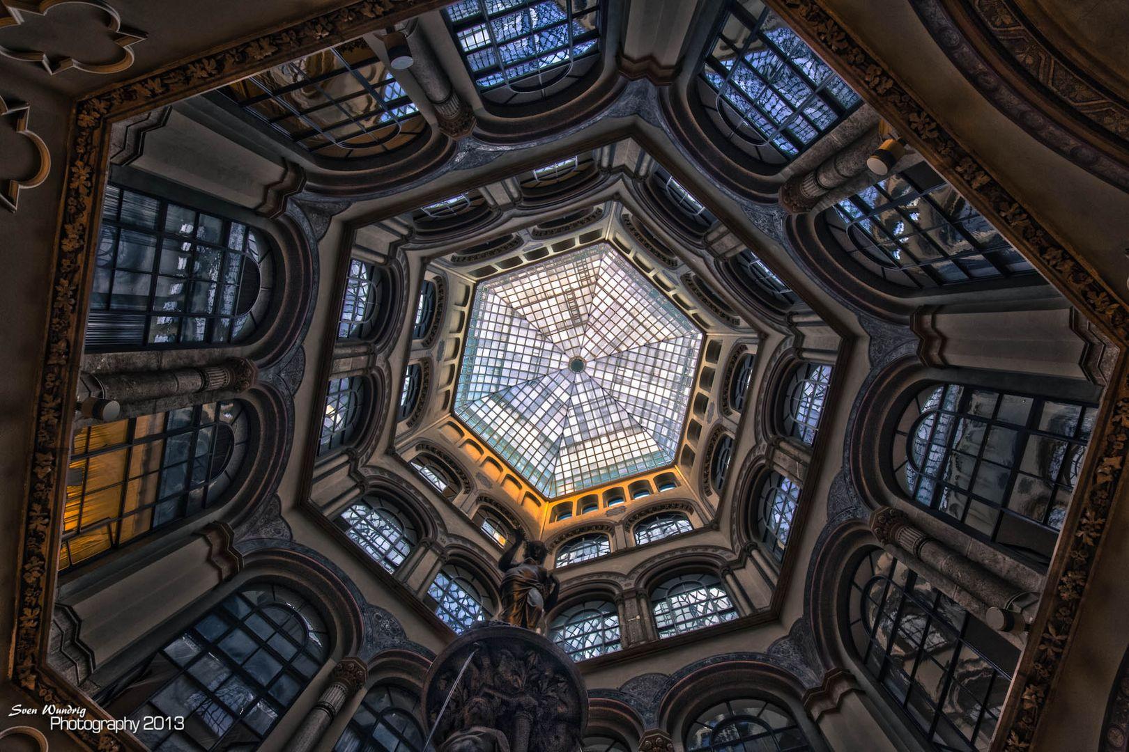 Wien Säulenhalle