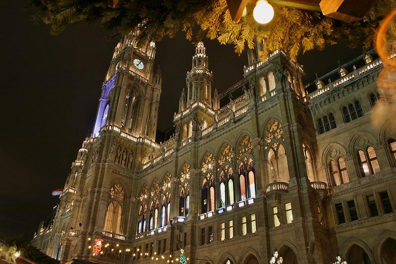 Wiener Rathaus im Advent