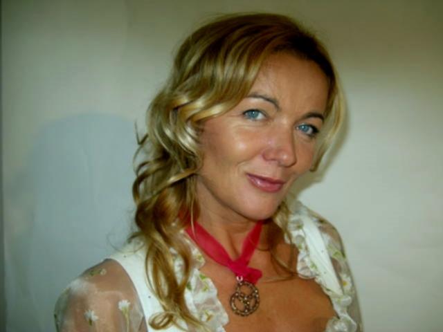 Wiesn.Dirndl.Marion-2009