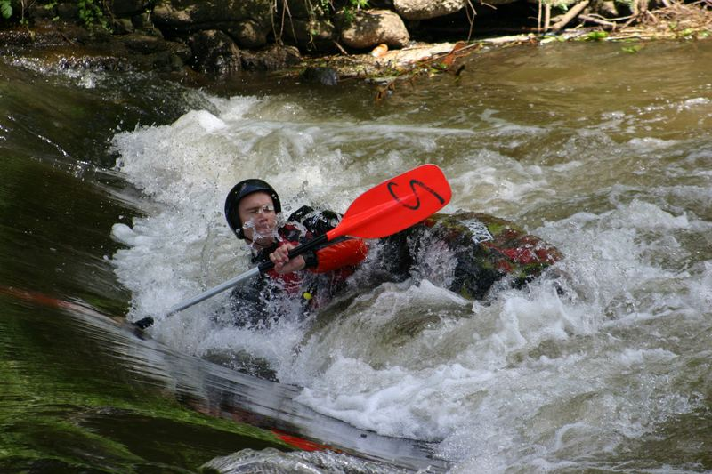 Wildwasserkanut beim Training