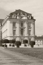 Willkommen auf Schloss Brühl