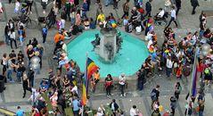 """Wimmelfoto """"Fischbrunnen in München"""""""