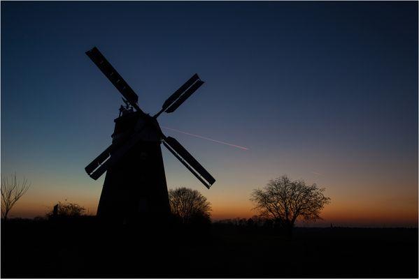 Windmühle am Abend