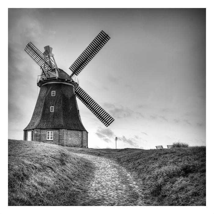 Windmühle im Norden von Deutschland