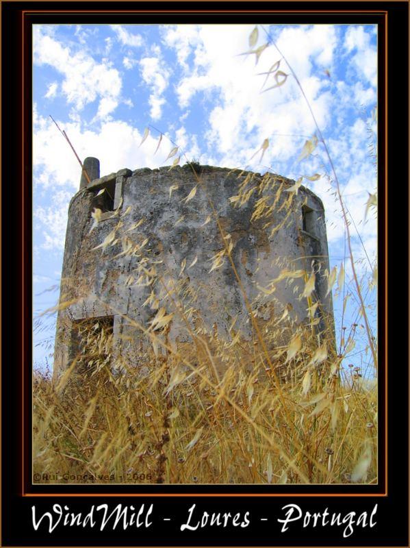 Windmühle in Untergängen - Loures - Portugal