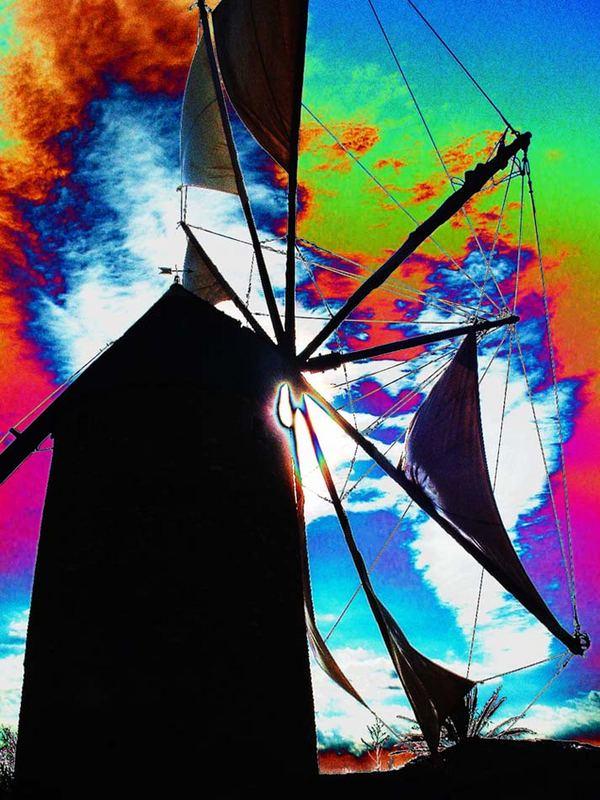 Windmühle vor Sonne