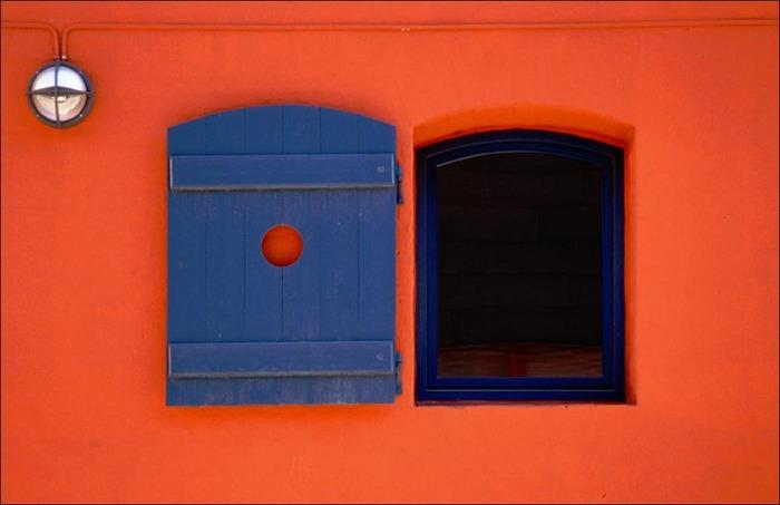 ...window color...
