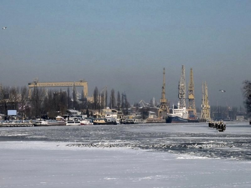 winter port on river