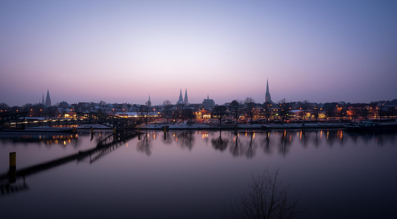 Winterabenddämmerung in Lübeck