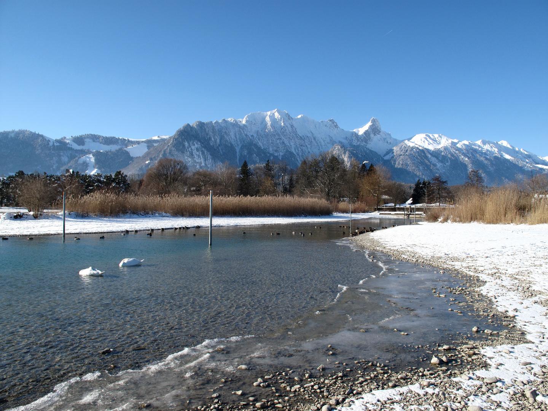 Winterlandschaft am Thunersee