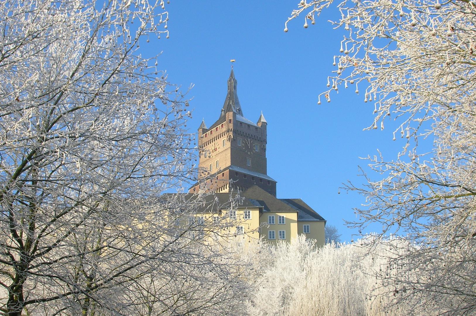 Winterliche Schwanenburg in Kleve