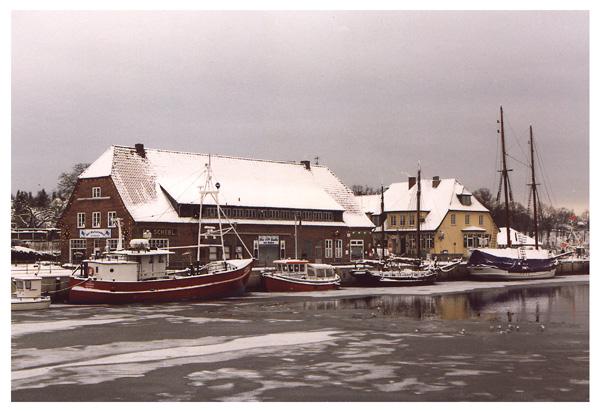 winterlicher Hafen