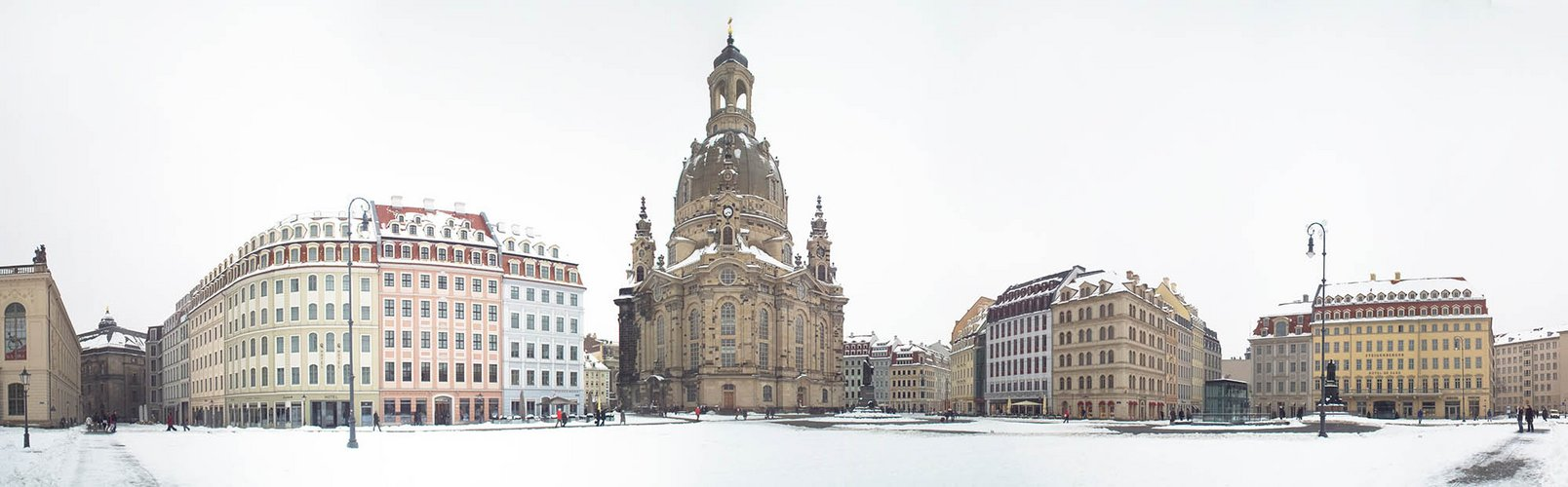 Winterlicher Neumarkt Dresden