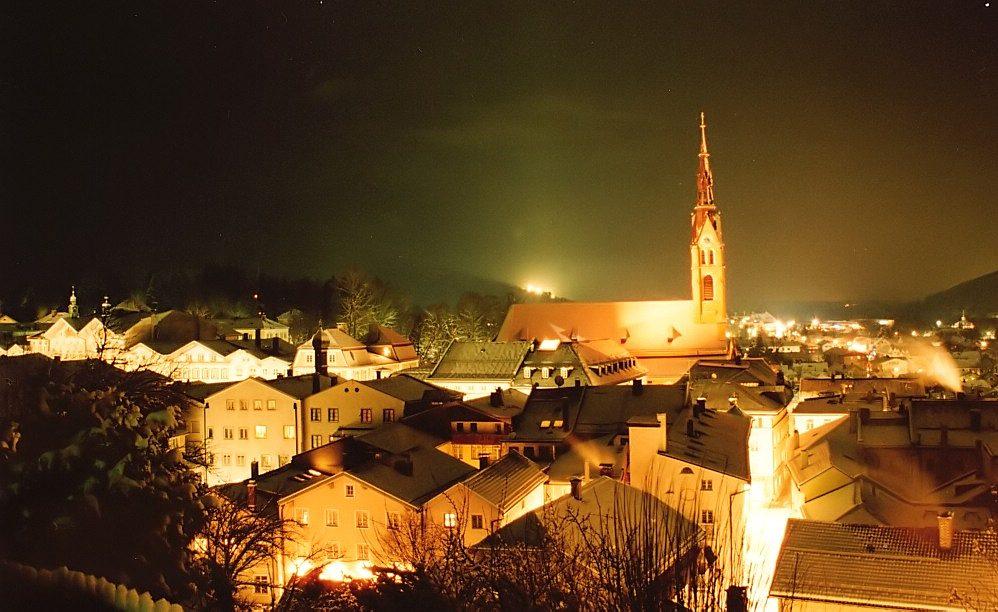 Winterliches Bad Tölz bei Nacht (2)