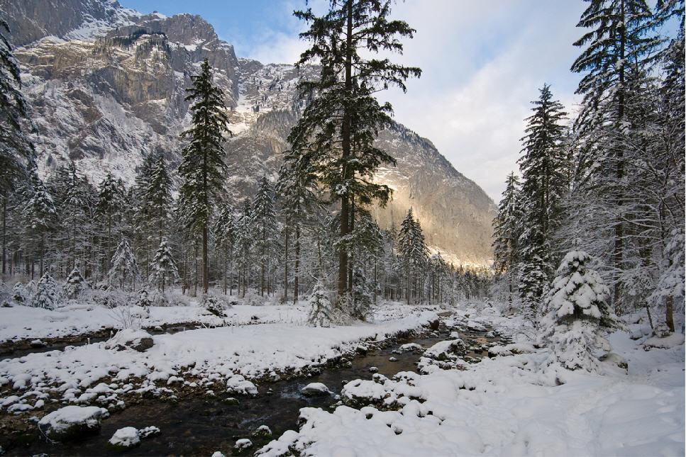 Winterliches Bluntautal