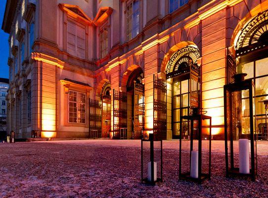 Winterliches Palais Liechtenstein aus der Nähe