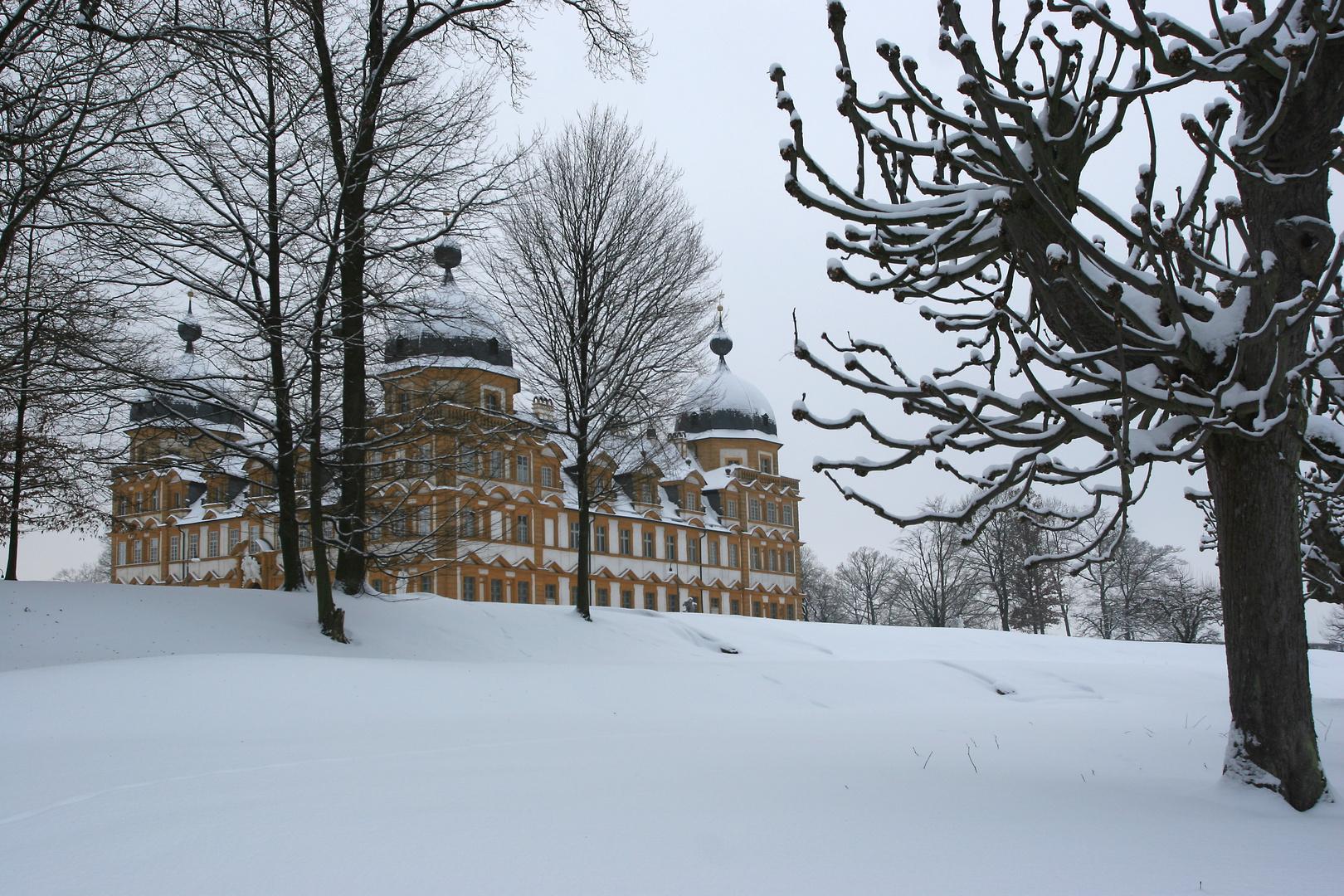 Winterliches Schloss Seehof