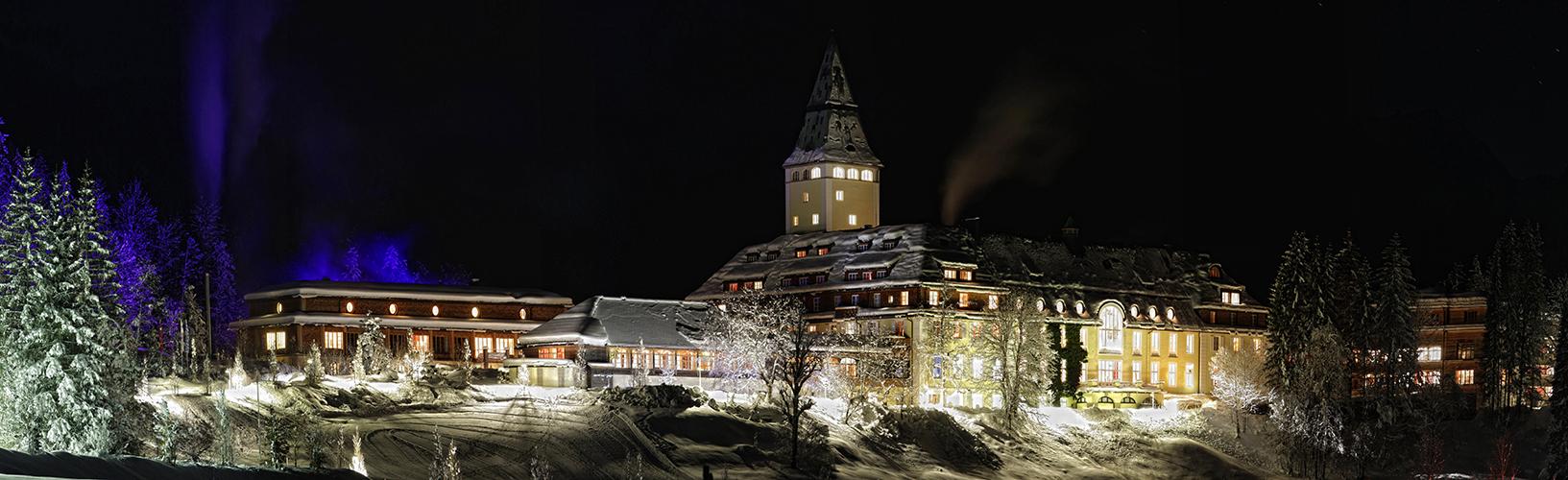 Winternacht am Schloss Elmau