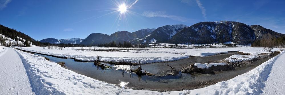 Winterpanorama aus dem Pillerseetal