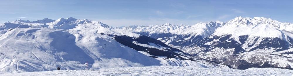 Winterpanorama im Vorderrheintal