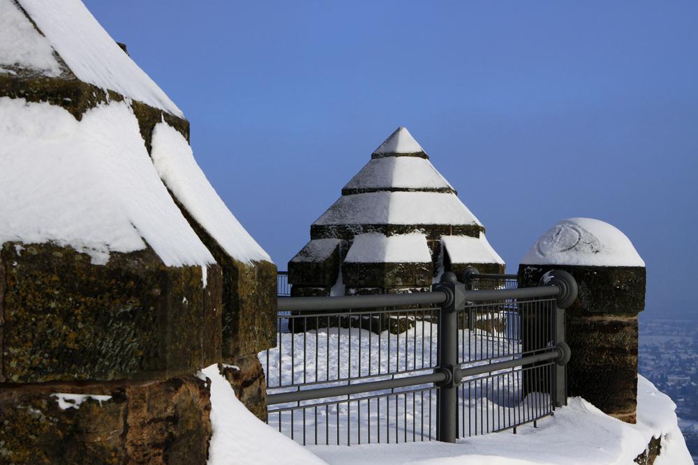 Winterspaziergang auf der Denkmalsterasse