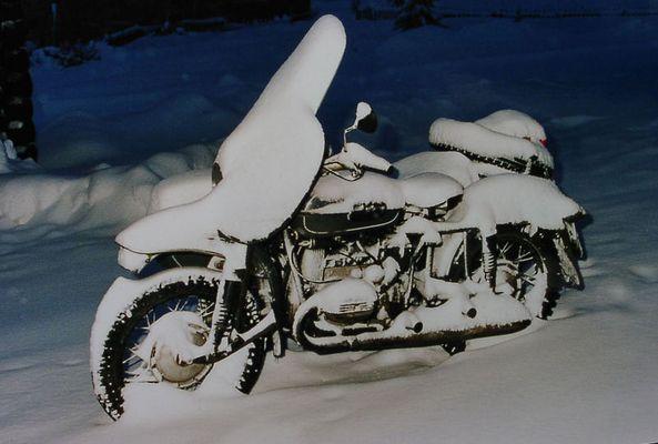Wintersport mit dem Motorradgespann
