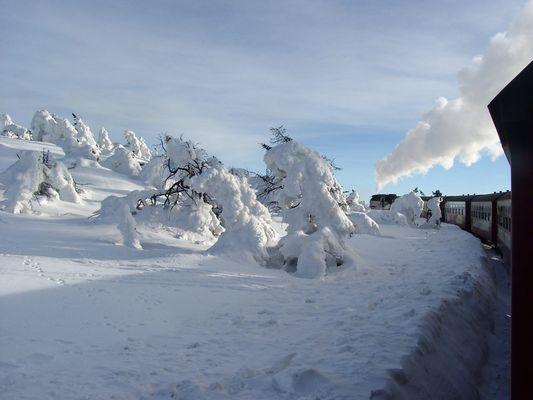 Wintertag auf dem Brocken: Nostalgie und Naturgewalt