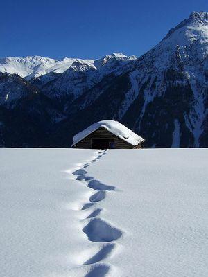 Winterzauber bei Vnà GR