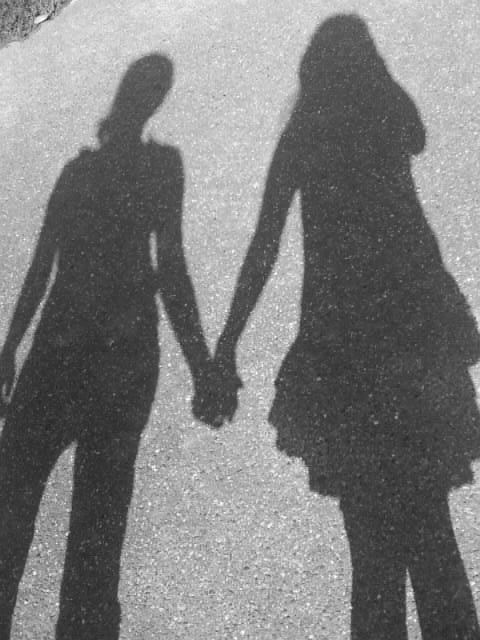 Wir halten zusammen ?