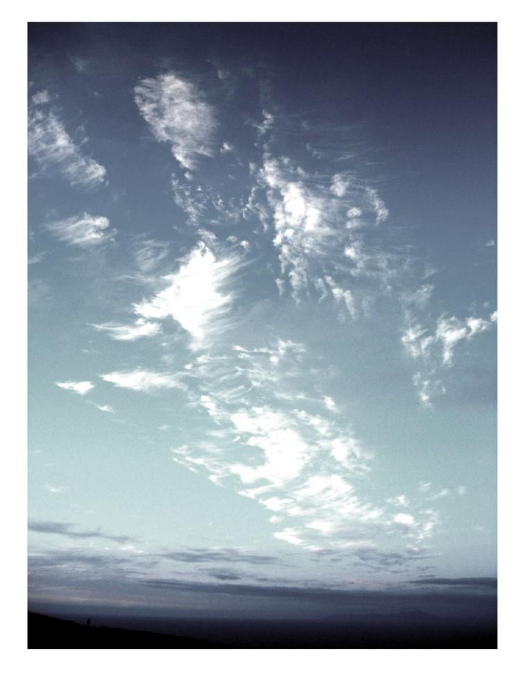 wir verloren alles im endlosen himmel.