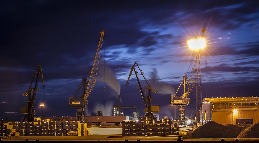 Wismar Hafen - Kaianlage (Mai 2012)