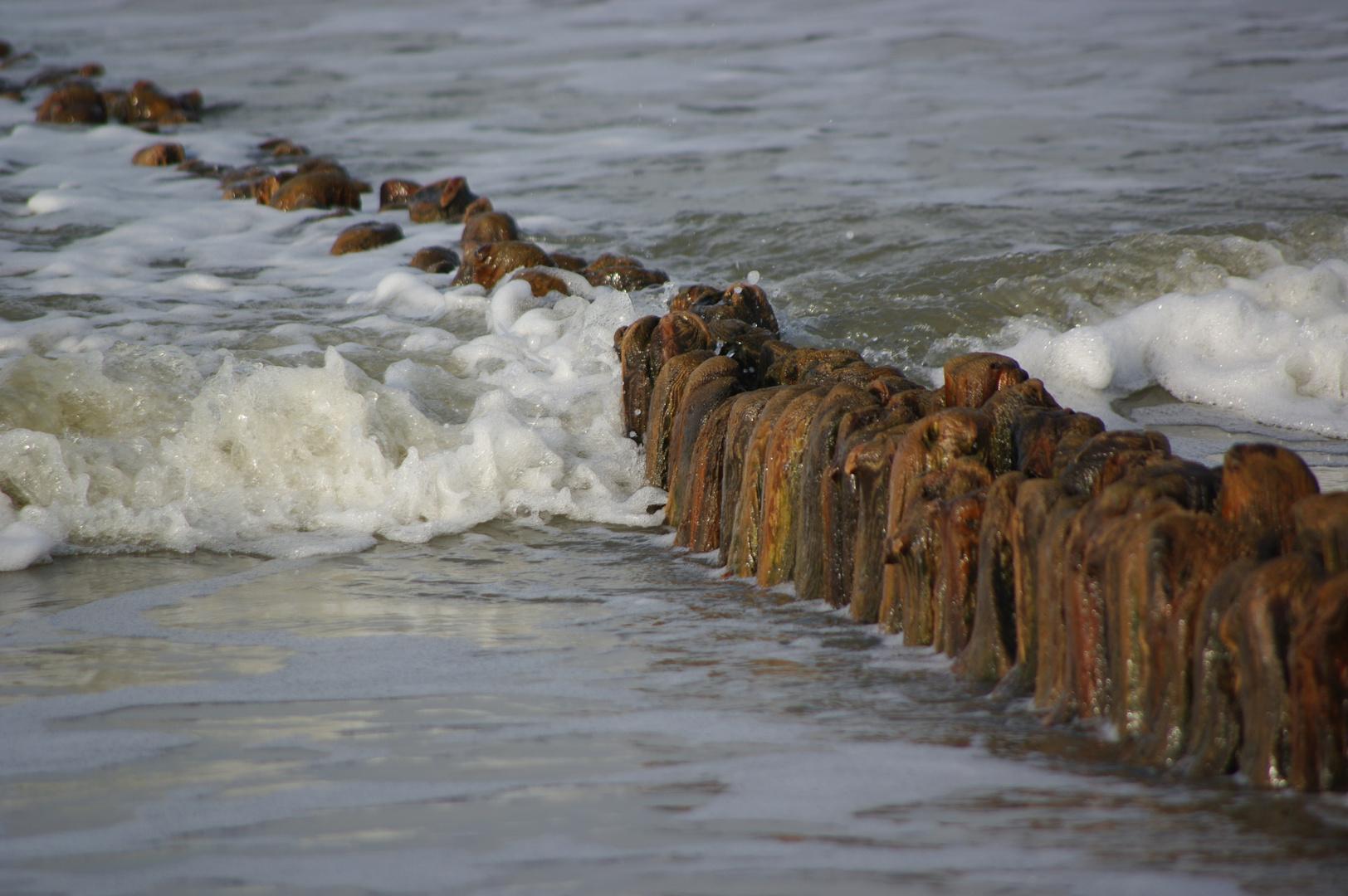 Wo die Nordseewellen trecken an den Strand