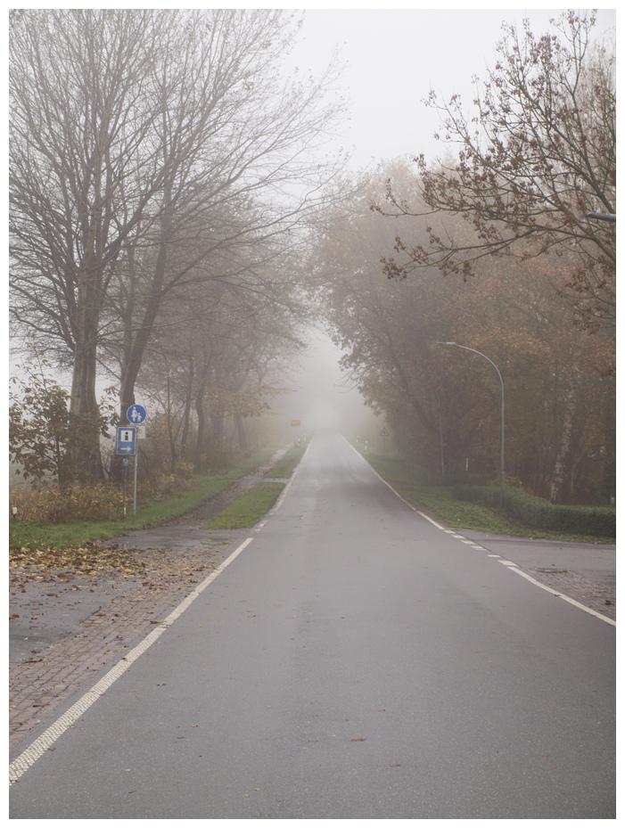 Wo die Strassen keine Namen haben. .wo sie gehen in das Nichts. .da. .da bin ich richtig den da. .