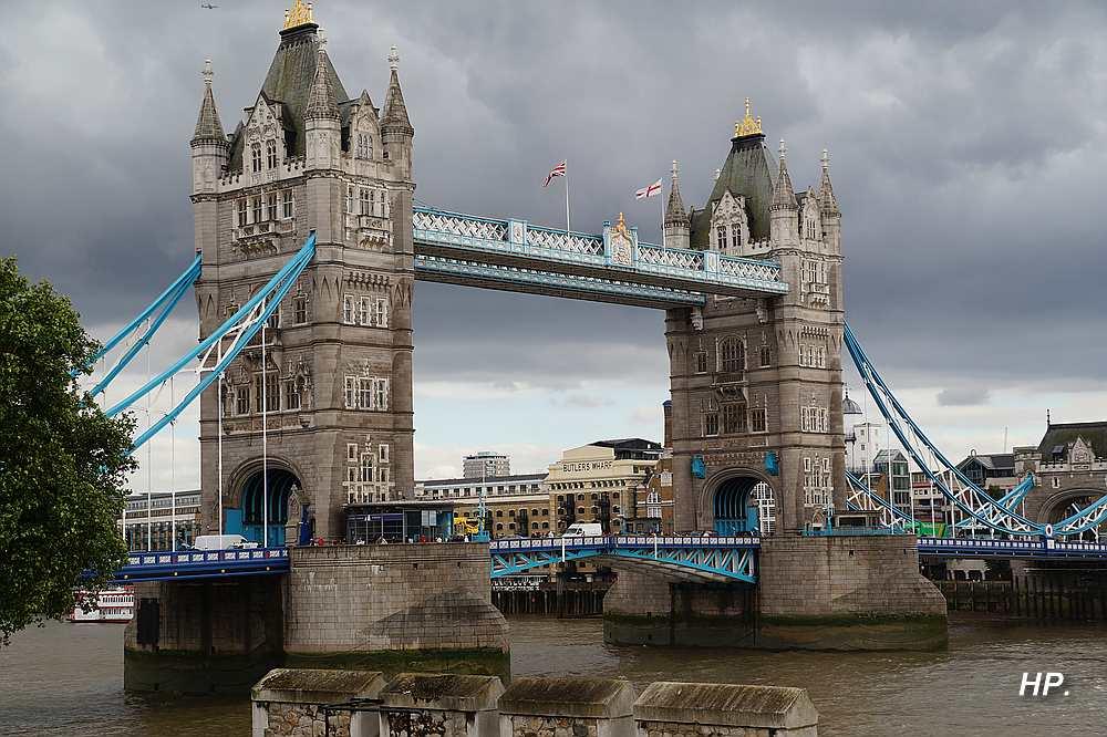 Wo ist das Land, wo es keine Brücken gibt
