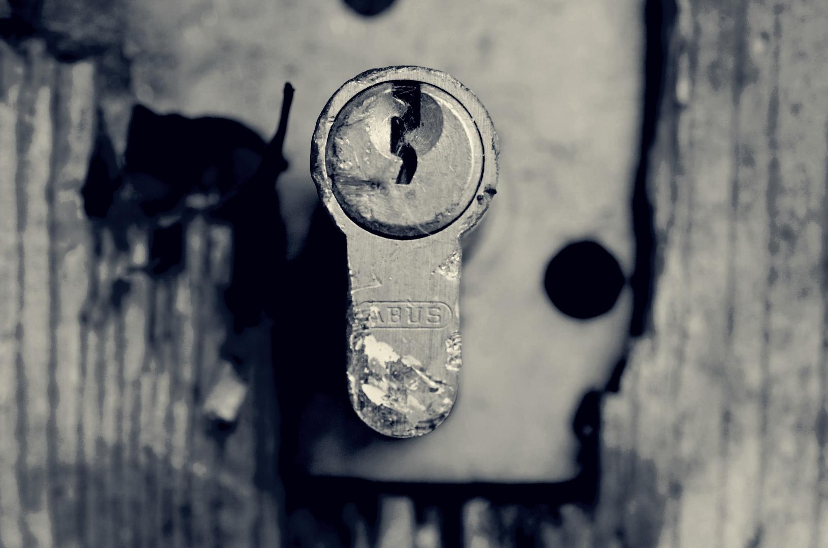 wohin führt das wohl und ..wer hat den Schlüssel?