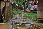 wohnen an der vorortelinie, yangon, burma 2011