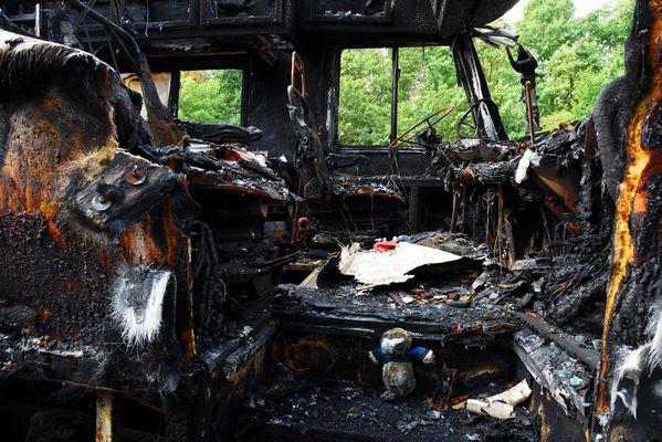 Wohnmobil nach Brand Bild2