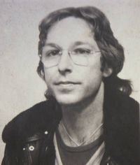 Wolfgang Heinze1