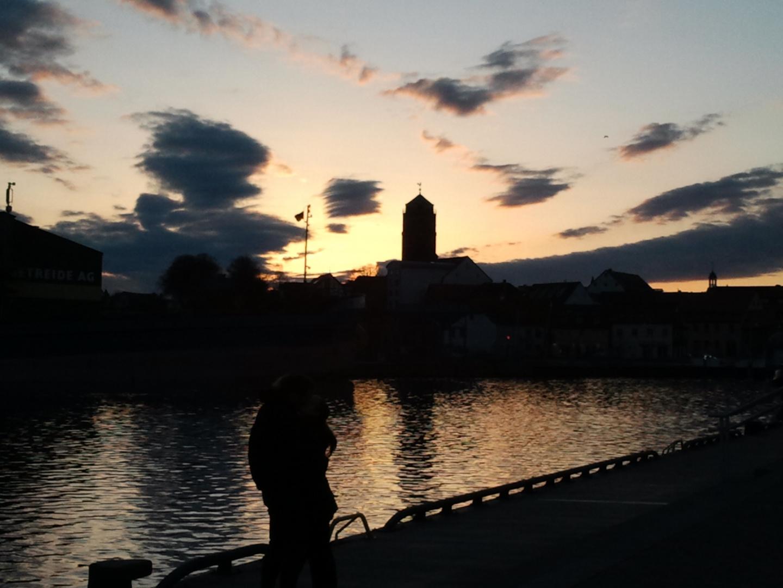 Wolgaster Peenewerft am Abend