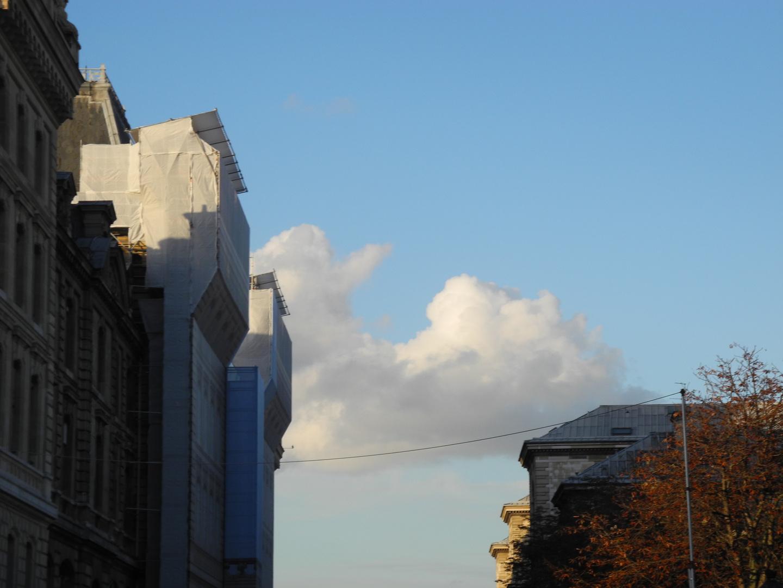 Wolke über Paris