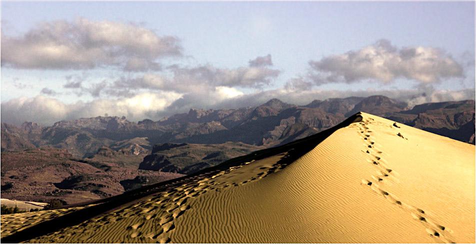 Wolken, Berge und Sand ...