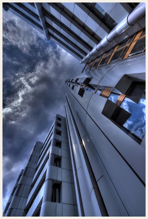Wolken- Kratzen 3
