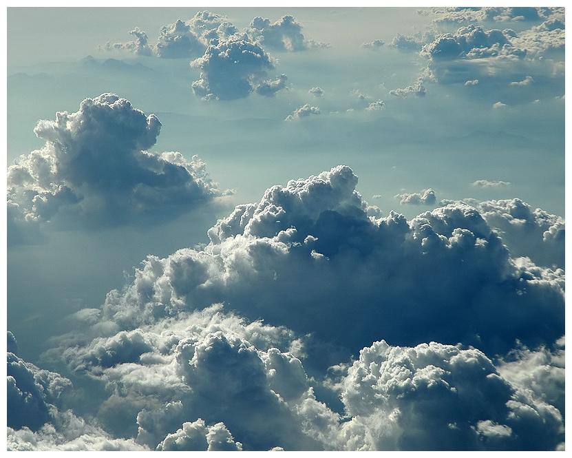 ...Wolken stapeln sich...
