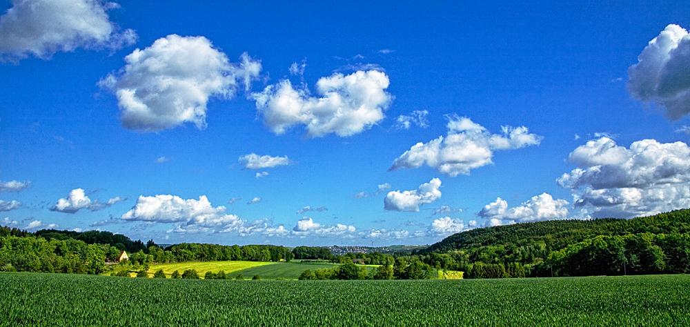Wolken über dem Ruhrtal