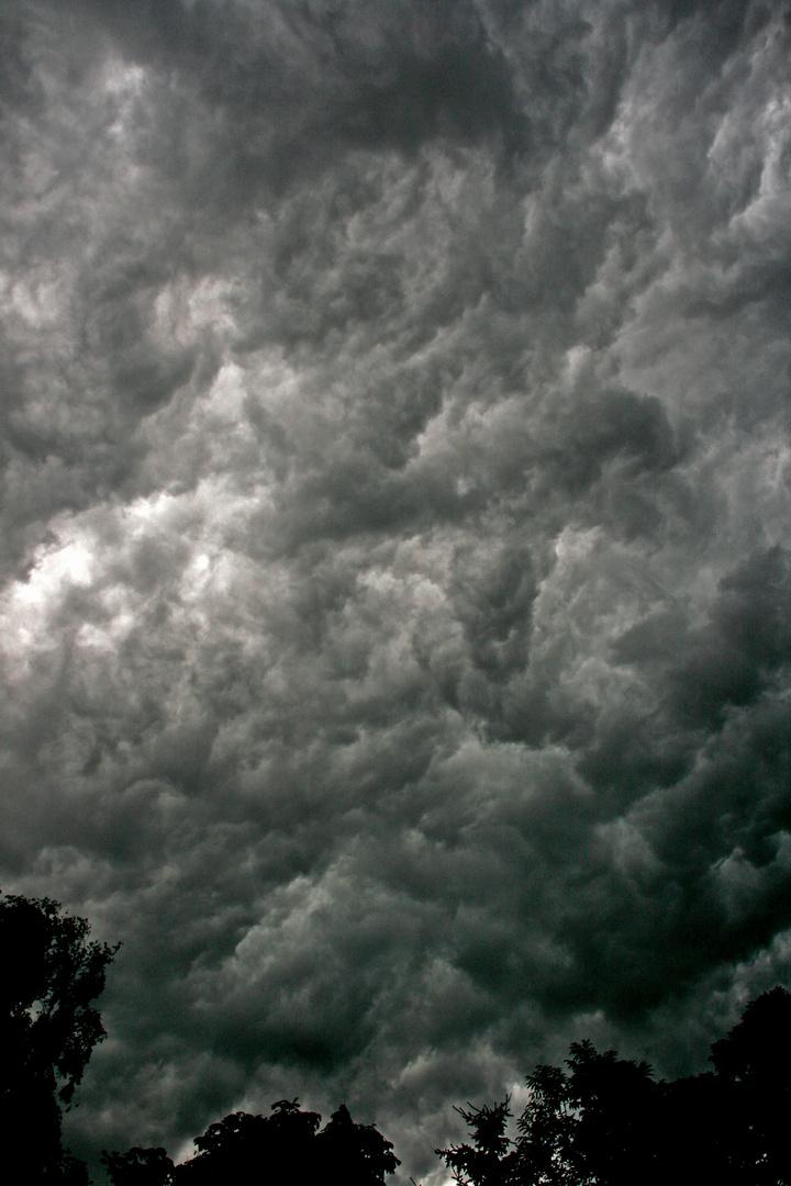 Wolken über Heikendorf
