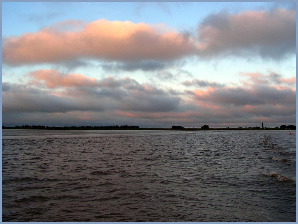 Wolken über Krautsand