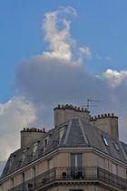 Wolken über Paris