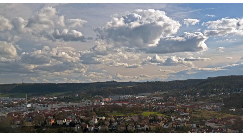Wolken überm Friedensberg