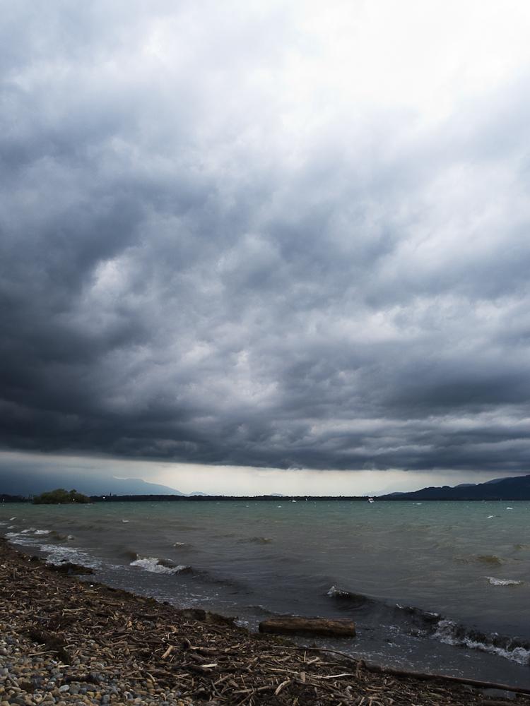 Wolken und See