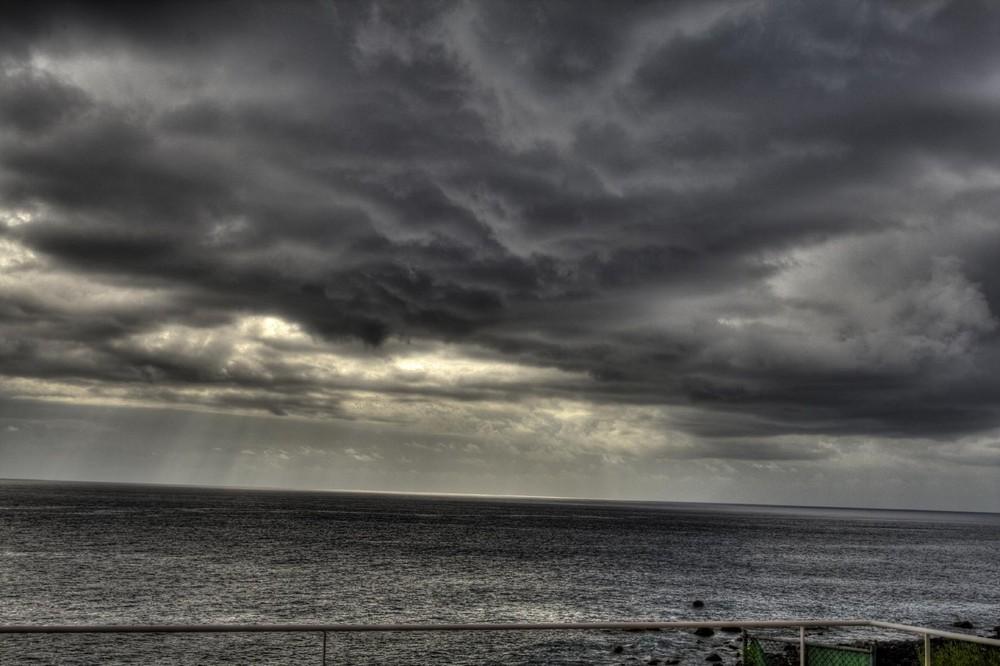 Wolkenaufzug über dem Atlantic (vor La Gomera)